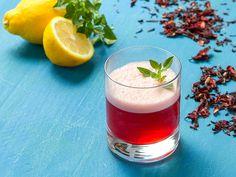 Com a chegada da estação mais quente, a estratégia é consumir o chá e seus benefícios em sua versão gelada, combinada com sucos de frutas: o suchá.