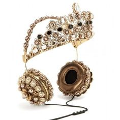 Dolce & Gabbana Embellished Metallic Leather Headphones found on Polyvore featuring accessories, tech accessories, headphones, tech, gold, hats/hair accessoire, metallic headphones and dolce&gabbana
