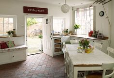another cottage kitchen that is fun