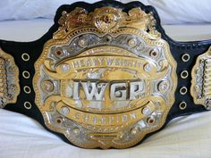 The look and design of this belt, makes it my favorite of all the wrestling championship belts EVER.  IGWP (New Japan Pro Wrestling) 4th Edition World Heavyweight Championship