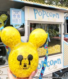 The Yellow Mickey Balloon Popcorn Bucket is currently at Disneyland Resort -- but it's selling out fast! Comida Disney World, Disney World Food, Disney Desserts, Disney Snacks, Disney Recipes, Disney Souvenirs, Disney Trips, Walt Disney, Comida Disneyland