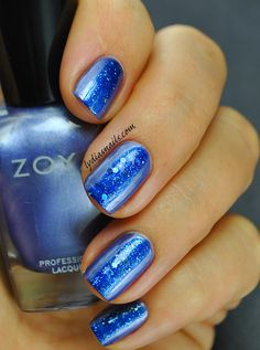 Lydia's Nails: Zoya Wishes Holiday 2014 Swatches and Review - This one is Prim with  a single stripe down the middle of Nori.