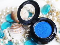 Freshwater: sombra azul arrasadora da MAC    por Bruna Tavares | Pausa para feminices       - http://modatrade.com.br/freshwater-sombra-azul-arrasadora-da-mac