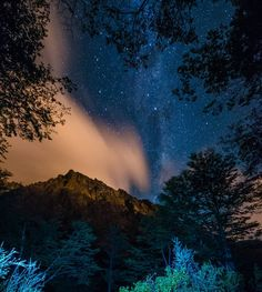 On instagram by pauletelezcano #astrophotography #contratahotel (o) http://ift.tt/22uz7n1 (Monte Olivia) #noche #estrellas #fotosnocturnas #constelacio #astronomy  #astrophoto #Ushuaia #FinDelMundo #TierraDelFuego #FinDelMundoEsAventura #patagonia #Argentina #mountain #theendoftheworld #foto #fotografia #fotografiademontaña #outdoors #outdoorphotography #natureza #montaña @turismoushuaia @turismotdf @viajaportupais @visitargentina @ushuaiamunicipalidad
