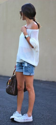 casual outfit idea / white top + bag + shorts + converse