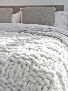 Cozy knitted bed quilt