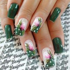 Feather Nail Art Designs - Top 100 Design - Our Nail Feather Nail Designs, Feather Nail Art, Green Nail Designs, Nail Art Designs, Daisy Nails, Flower Nails, Pretty Nail Art, Beautiful Nail Art, Bright Nails