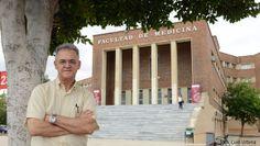 Toma de posesión de Miguel García Salom como decano de Medicina  http://www.um.es/actualidad/gabinete-prensa.php?accion=vernota&idnota=45361
