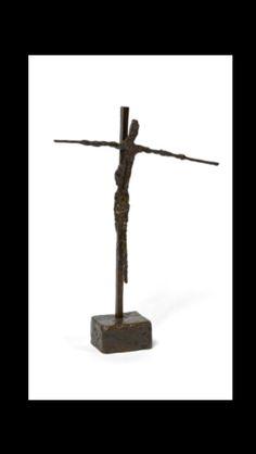 """Germaine Richier - """" Le Christ d'Assy I, petit """", 1950 - Bronze à patine brune - 45 x 32,5 x 8 cm (*)"""