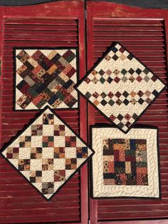 Little Charm Quilts  Kit by myreddoordesigns on Etsy, $30.00.  One charm package makes all four minis