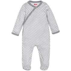 <p>Dressing baby will be a snap with Skip Hop's one-piece Modern Baby Basics Side-Snap Footie. The soft colors and chic print make this baby outfit a wardrobe must-have. Coordinate with Skip Hop's Baby Hat to complete the look.</p><br/><p></p>
