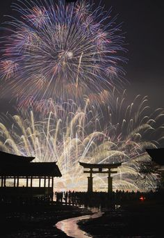 Fireworks Festival, Itsukushima Shrine, Miyajima, Hiroshima, Japan  Summer is fireworks time!