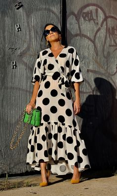 Poka Dot Dress, Polka Dot Maxi Dresses, Polka Dot Shirt, Polka Dots, Polka Dot Fashion, Sophisticated Dress, Special Occasion Outfits, Summer Dress Outfits, Collar Blouse
