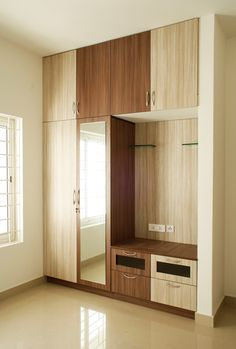 46 Ideas for modular furniture design inspiration Wall Wardrobe Design, Wardrobe Interior Design, Wardrobe Door Designs, Bedroom Closet Design, Bedroom Furniture Design, Home Room Design, Closet Designs, Home Decor Bedroom, Bedroom Cupboard Designs