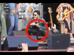 Lenny kravitz rips trousers accidently shows his manhood ny daily