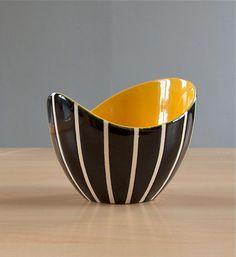 Hornsea Pottery Elegance sugar bowl 503. John Clappison. 1956 1959