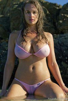 Eet Brunette in pink bikini