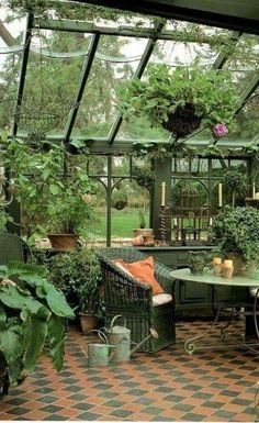 58 DIY Patio Decoration with Ceramic Motifs Greenhouse, Garden room, Greenhouse gardening, Garden sh Dream Garden, Home And Garden, Garden Cottage, Garden Tips, Greenhouse Interiors, Conservatory Interiors, Diy Terrasse, Greenhouse Plans, Greenhouse Wedding