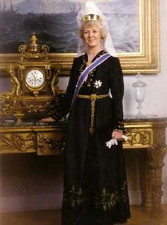 The honor of the first female president for any country in the world belongs to Iceland's Vigdís Finnbogadóttir.