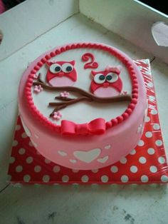 Pretty Little Owl Cake Owl Cakes, Cupcake Cakes, Sweet Cakes, Cute Cakes, Little Girl Cakes, Cake & Co, Sugar Craft, Novelty Cakes, Baby Kind