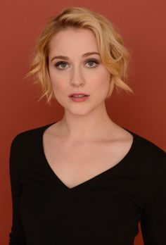 Actress Evan Rachel Wood poses for a portrait during the 2013 Sundance Film Festival at the Getty Images Portrait Studio at Village at the Lift on January 2013 in Park City, Utah. Evan Rachel Wood, Old Actress, American Actress, Felicity Jones, Sundance Film Festival, Grow Out, Girl Crushes, Beautiful People, Beautiful Women