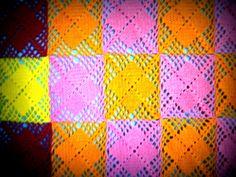 Handarbeiten * Crafts * Labores : Farben-satt Tagesdecke