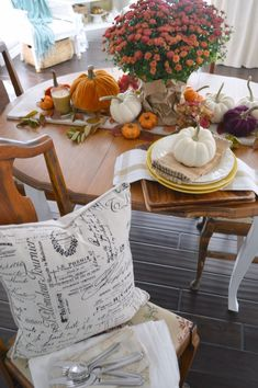 Fall at Fox Hollow Cottage - table decorating ideas foxhollowcottage.com