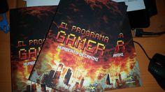 El Programa GAMER no es una novela sobre videojuegos, no se trata de mundos virtuales que salen de control ni de la vida dentro de un videojuego, trata temas más profundos que eso, acerca de una fantasía común de todos los que jugamos, la de vivir el videojuego.