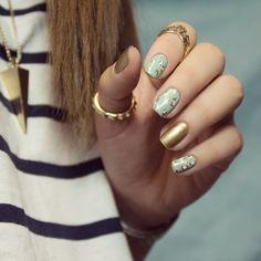 #notd léopard inspiré de notre @pshiiit_polish ! Du mint avec ce temps ça rafraîchit 🍃💙 #nailart #npa #nails #leopard #nailpolish #mint #pshiiitinspiration