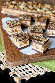 Cookie Butter Cookie Dough Caramel Bars