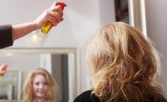 Cómo hacer un spray o fijador natural para el pelo   Vida Lúcida