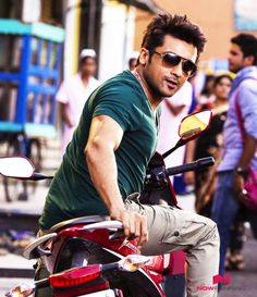 Suriya in Mass Actor Picture, Actor Photo, Surya Actor, Handsome Celebrities, Celebrities Fashion, Cute Love Images, Designer Suits For Men, Actors Images, Couple Photography Poses