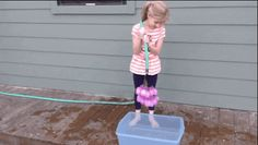 Perfect for a Water Balloon Fight!!! This Genius Dad Figured Out How To Fill 100 Water Balloons In One Minute