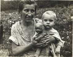 Wife and Child of a Sharecropper (Mrs. Mulhall), Ozark Mountains, Arkansas, 1935 BEN SHAHN
