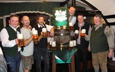 Fast ein Pflichttermin für alle Liebhaber von Baumgartner Bier ist der alljährliche Bockbieranstich im legendären Brauwirtshaus zur Bums'n. Captain Hat, Hats, Brewing, Beer, Drinking, Essen, Hat