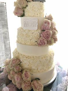 Cake, Desserts, Food, Fondant Cakes, Lolly Cake, Candy Stations, Tailgate Desserts, Deserts, Kuchen