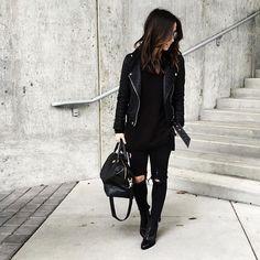 All black fashion, love fashion, monochrome fashion, black on black outfits, All Black Fashion, Monochrome Fashion, Love Fashion, Winter Fashion, Black On Black Outfits, All Black Outfit Casual, Chic Black Outfits, Fall Outfits, Cute Outfits