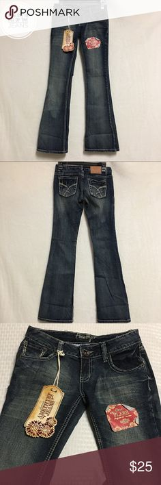 Amethyst Women's Juniors Jeans Size 3 Size 3 Juniors  Dark wash  Flare jeans  Low Rise  NWT- new wit tags   Measurements  Front Rise-7.5  Back Rise-9.5  Waist-26  Hips-16  Inseam-33  Outseam-38 Amethyst Jeans Jeans Flare & Wide Leg