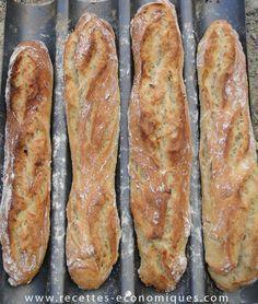 Nouvelle vidéo : comment faire des baguettes comme chez le boulanger avec le thermomix. une super recette à tester, le résultat est super! LA RECETTE EST ICI Pain Thermomix, Thermomix Bread, Naan, Ciabatta Bread Recipe, French Baguette, Bread Cake, Cooking Chef, Vegetarian Recipes Dinner, Recipe Using