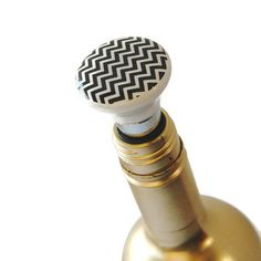 Black and White Chevron Wine Stopper by BiscottiDesigns on Etsy A great gift idea for the holidays! Tag:  shop local, small business, small business saturday, wine stopper, chevron, place and white, wine, wine lovers, wine storage, wine gifts, gifts, handmade gifts, holiday, christmas