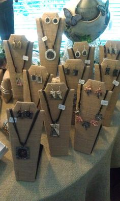 The Texture of these burlap jewelry neck displays are great texture and really make the jewelry pop.  We sell jewlery displays like this at Mannequin Madness.com