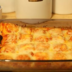 Baked Ravioli Recipe   Key Ingredient We loved this and it is so easy!  I used a can of spaghetti sauce for the marinara. Yummy!!