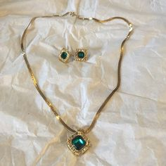 Beautiful Antique set from Avon Beautiful Antique set from Avon more than 20 years and still intact Avon Jewelry Necklaces
