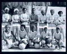 Somali women basketball team in Beautiful African Women, African Beauty, Somali Wedding, The Beautiful Country, African History, African Men, African American Art, Interesting History, Basketball Teams