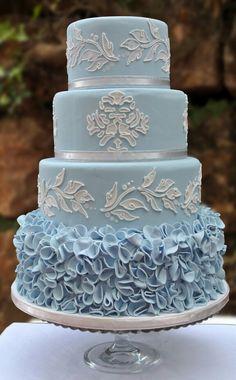 Amazing wedding cake Amazing Wedding Cakes, Amazing Cakes, Pretty Cakes, Beautiful Cakes, Cupcake Cakes, Cupcakes, Quinceanera Cakes, Ciel, Cake Decorating