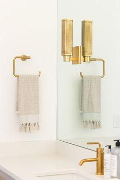 Saltbox Collective Bathroom Gold Hardware #sbcstgeorgeparade