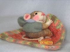 NEEDLE FELTED DOLL Skadittles Needle Felted Mouse I made. by feltedmice, via Flickr