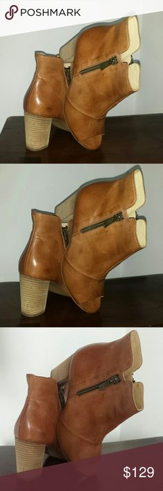 Paul Green peep toe Paul Green peep toe leather sandal with side zippers. These boots are made with the softest leather and so comfy. Dark tan color matches with any outfit. These ate distressed and in excellent condition. Size 7 Paul Green Shoes Sandals