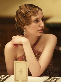 Laura Carmichael as Lady Edith Crawley in Downton Abbey. She has been just plain GORGEOUS this season.