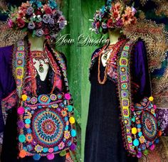 ~ My kind of creations ~ #lovemywork #happyvibes #craftyfingers #brightboho #bohobag #crochet #grannysquare #hippiechic #originaldesign #mystyle #creation #bohemianstyle #photooftheday #pictureoftheday #gypsychic